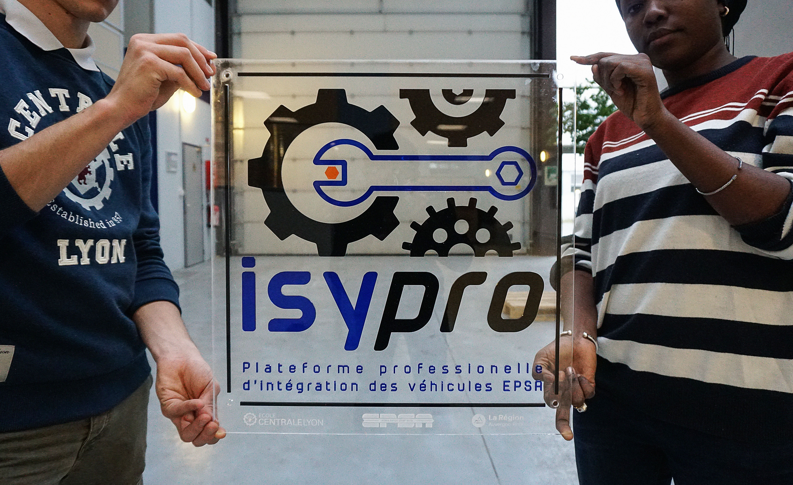 ISYPRO_UNMONTED
